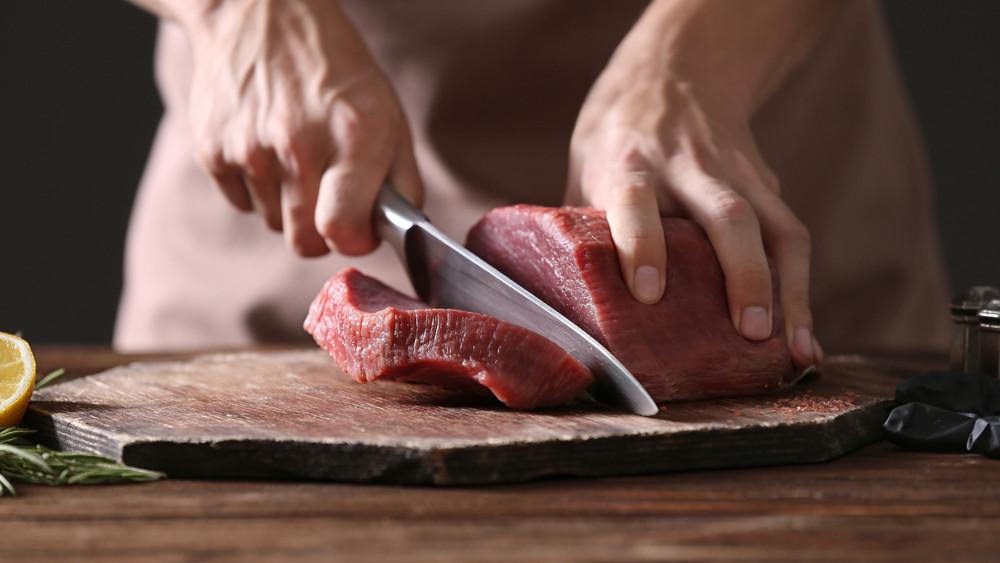 Ennek nem fognak örülni a magyarok: ismét drágulhat a hús