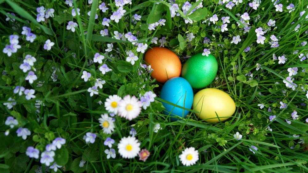 Jó hír húsvétra: csak a sonka fog drágulni, a tojás ára marad