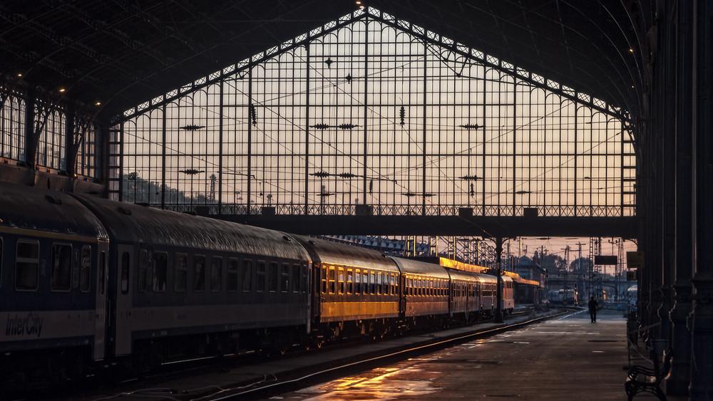 Erre figyelj, ha húsvétkor vonattal utazol: így változik a menetrend