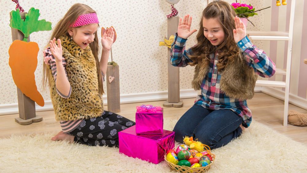 Húsvéti pénzszórás: tízezreket költenek a szülők ajándékokra