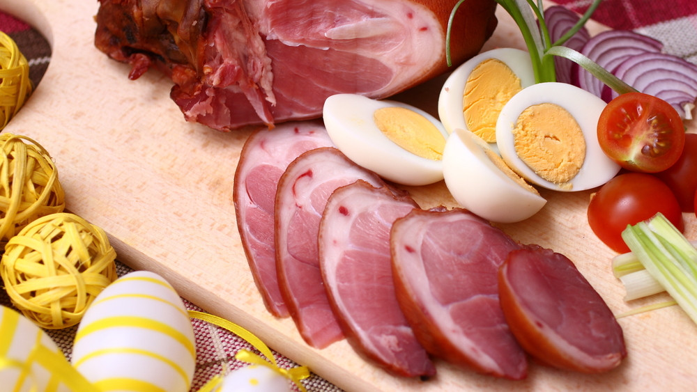Figyelmeztet a dietetikus: óvatosan a húsvéti dorbézolással!