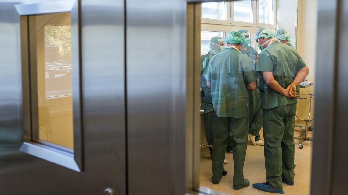 Kiakadtak az orvosok Kelet-Magyarországon: veszélybe kerülhet a baleseti ellátás