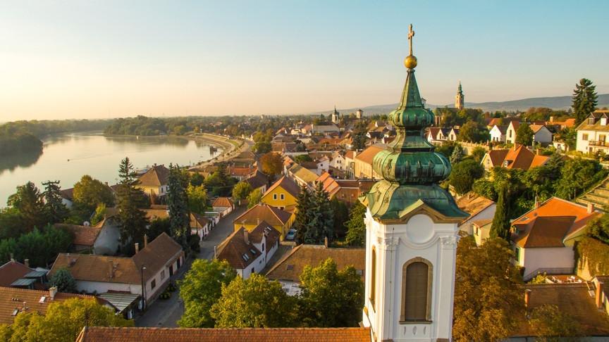 Nemzetközi siker: ezekről a magyar kisvárosokról zengenek ódákat külföldön