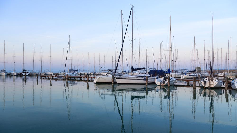 Összefogott Révfülöp lakossága: népszavazás lesz a balatoni kikötőépítésről