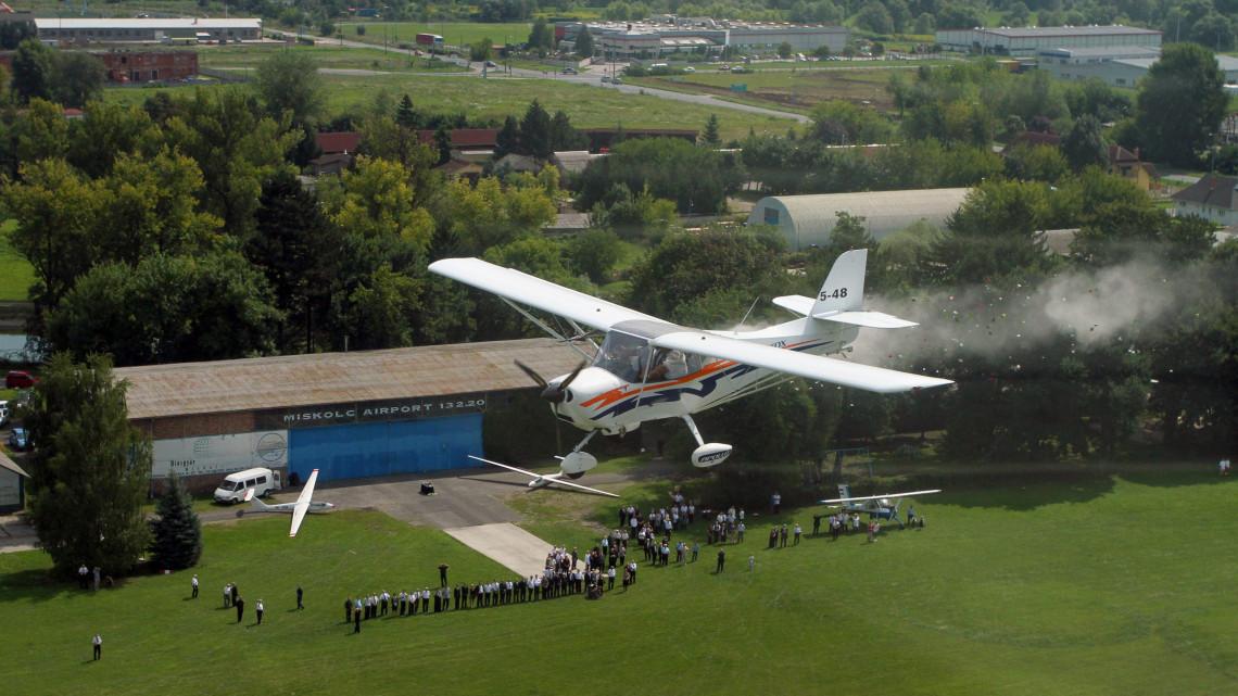 Megállapodás született a miskolci repülőtér ügyében