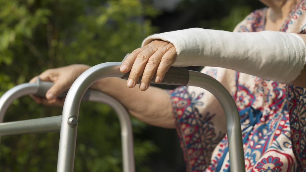 Folytatódik az országos program: teszt segít a csontritkulás korai felismerésében