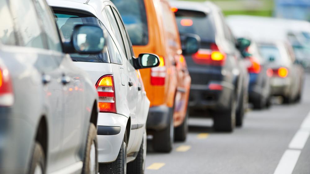 Erre figyeljenek a Tatabánya felé közlekedők: mutatjuk, hol várható útzár