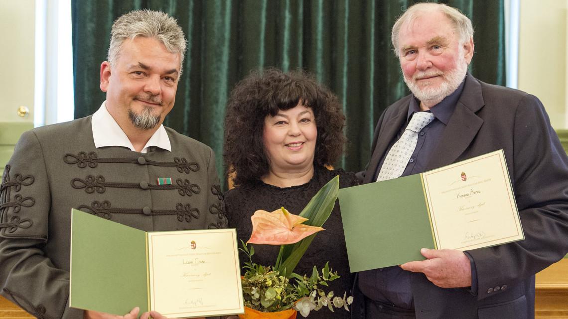 Kiderült, kik nyerték el idén a Kazinczy-díjakat!