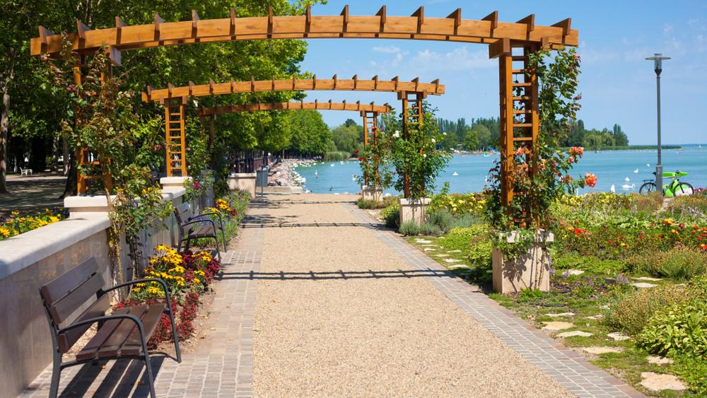 Kiderültek a tervek: ilyen lesz az új turisztikai negyed Balatonfüreden