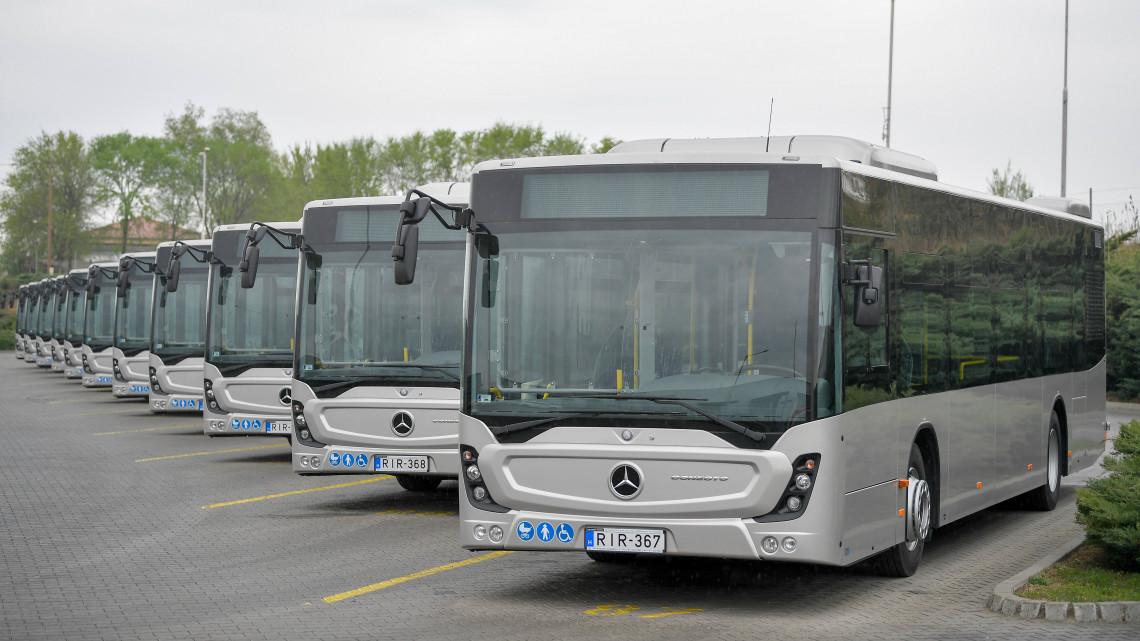 Figyelem: mától pótlóbuszok járnak a Debrecen-Füzesabony vasútvonalon