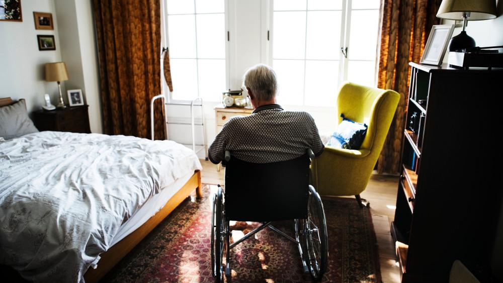 Pályázatot írtak ki Győrben: így segítenek az időseken