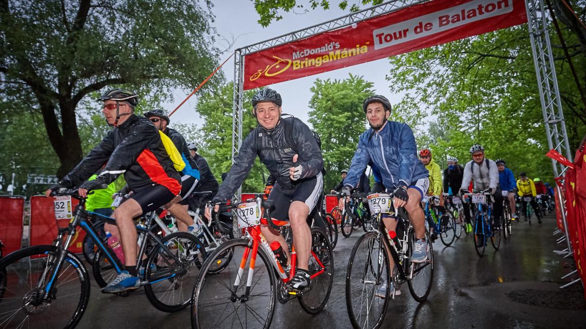 Készítsd fel a biciklidet: közeleg az ország legnagyobb bringatúrája