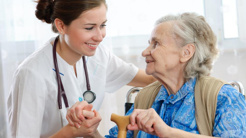 Rengeteg az üres praxis: így csábítanák a háziorvosokat vidékre