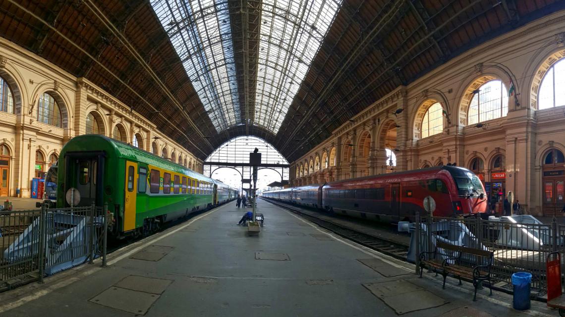Teljes a káosz: lezárták a Keleti pályaudvart, mutatjuk a menetrendváltozásokat!