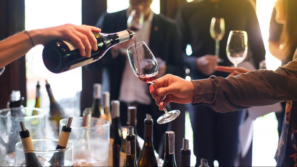 Tarolhat a magyar bor Cannes-ban: ezeket kóstolhatják meg a sztárok