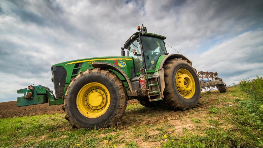 Brutális traktorok érkeznek a magyar piacra: hamarosan te is kipróbálhatod őket!