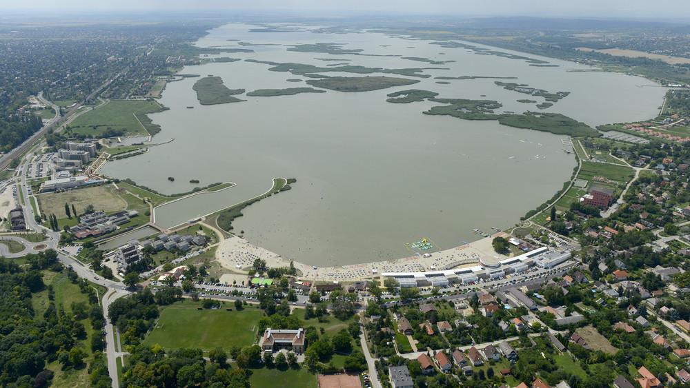 Lezárult a felújítás: ismét tekerhetsz a népszerű magyar tó körül
