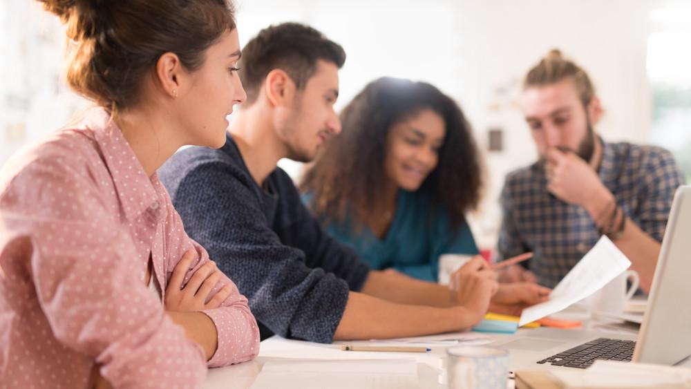 Most érdemes rágyúrni a nyelvtanulásra: októbertől igényelhető a nyelvi diákhitel
