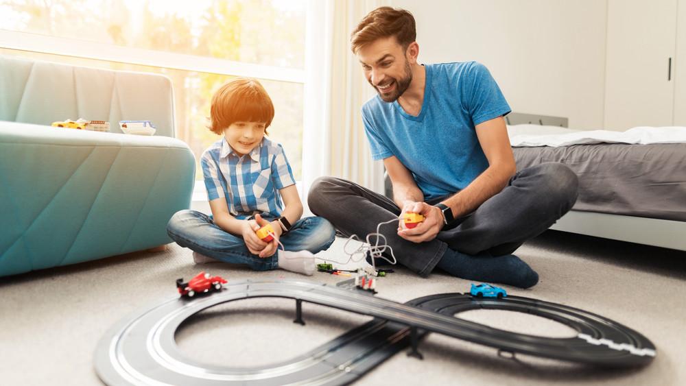 Kiderült, mennyit költenek a magyar szülők játékokra gyermeknapon