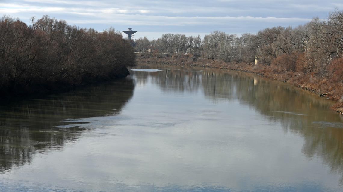 Megduzzadtak a folyók: akár másodfokú készültségi szintet is elrendelhetnek
