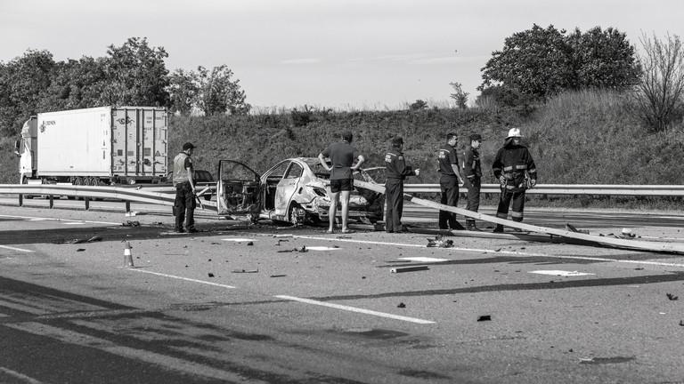Halálos karambol az M5-ösön: félpályás útzár Szeged felé