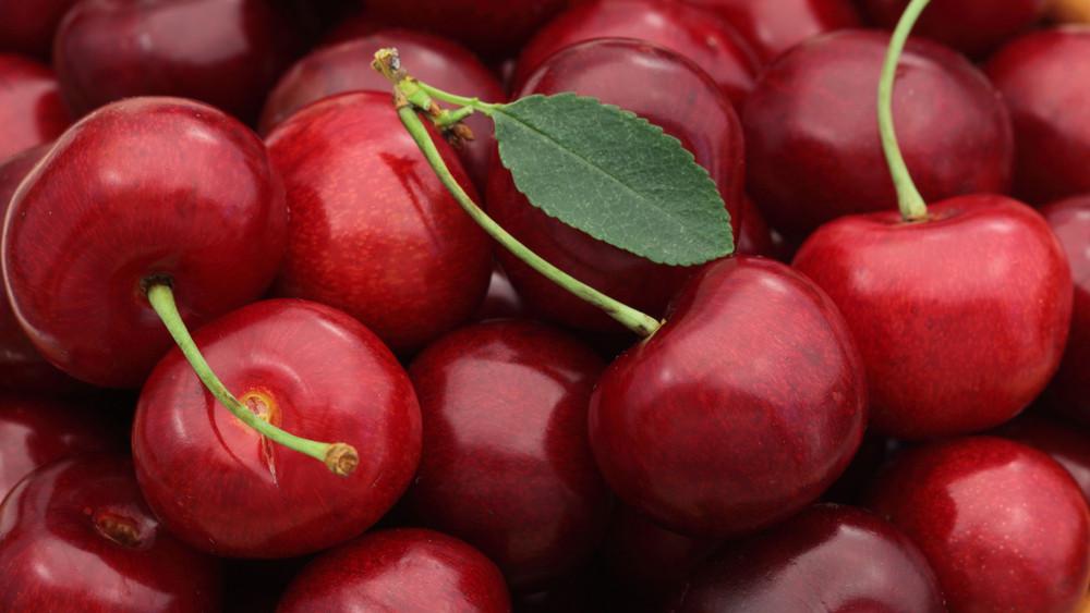 Négyszeres drágulás a piacokon: luxus lesz a cseresznye?