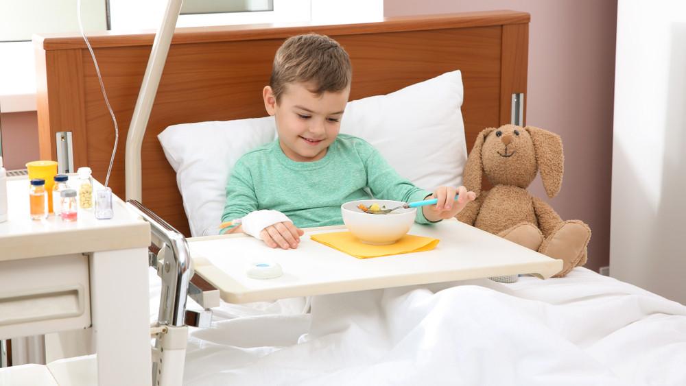 Besegít a nagy élelmiszerlánc: ezt adományozza a Heim Pál Gyermekkórháznak