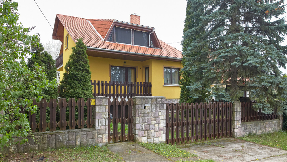 Leállt a magyar ingatlanpiac: mindenki a CSOK-ra vár