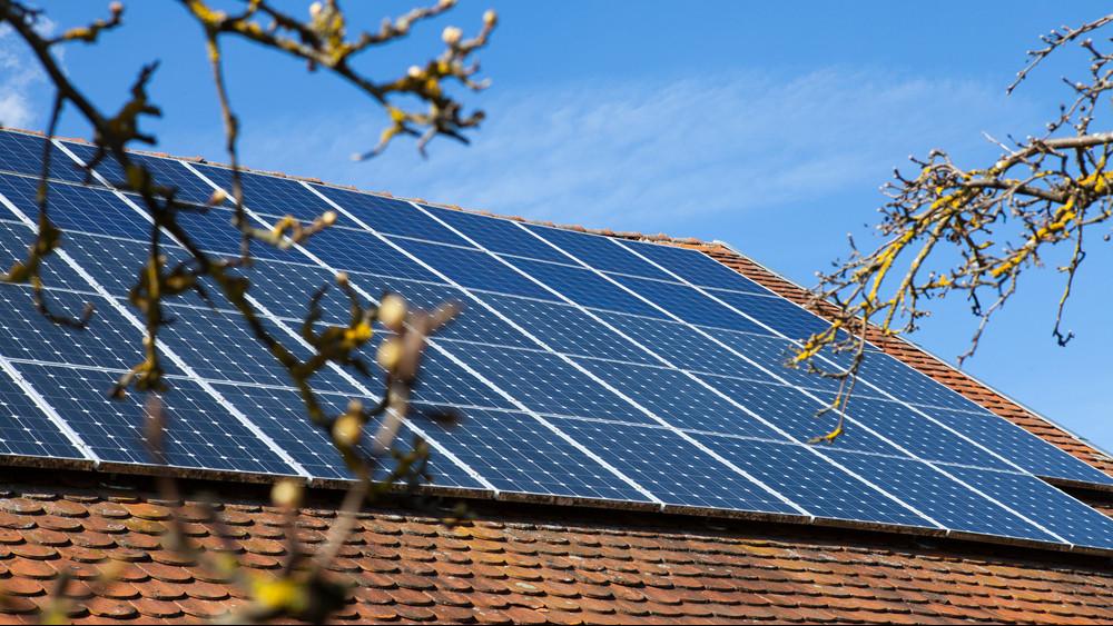 Nem áll meg a fejlesztés Pakson: folytatódik az energiatakarékossági program