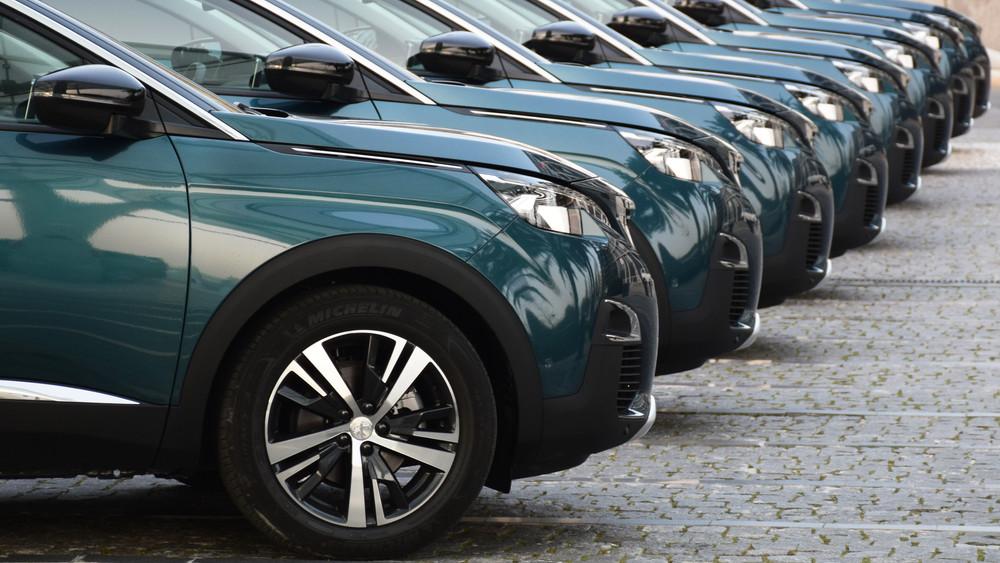 Ezekre az autókra jár az állami ingyenpénz: itt vannak a legjobb modellek!