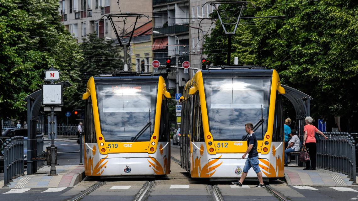 Még hogy Budapesten drága a tömegközlekedés: megnéztük, mi a helyzet vidéken