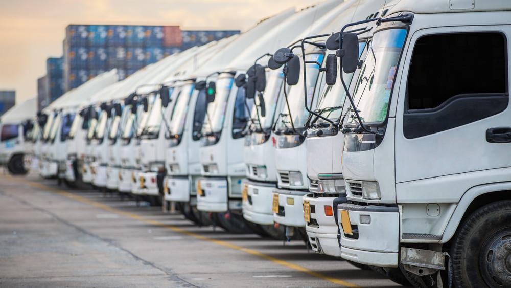 Csúcson a közúti fuvarozás: így csökkentenék kamionos forgalmat