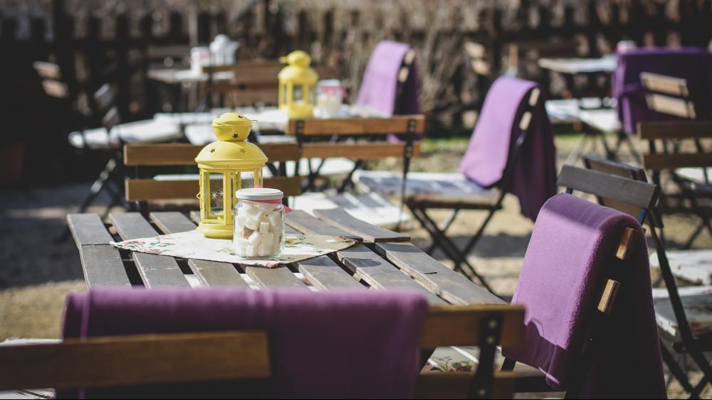 Ezt tudnod kell, ha a Balcsira mész: egy helyen a 333 legjobb balatoni étterem!