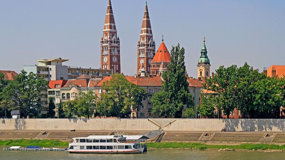 Fertőző iszap Szegeden: vizsgálják az évtizedek óta bűzölgő holtágat