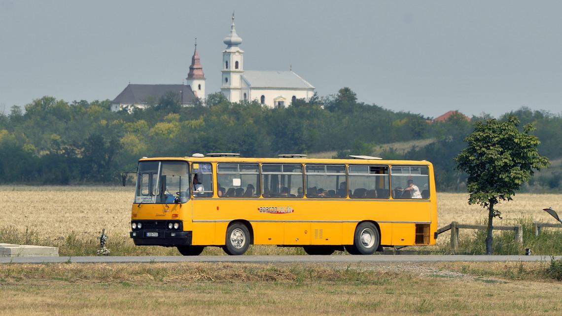 Nagy változások a vidéki tömegközlekedésben: a Volán ismét beveszi az országot