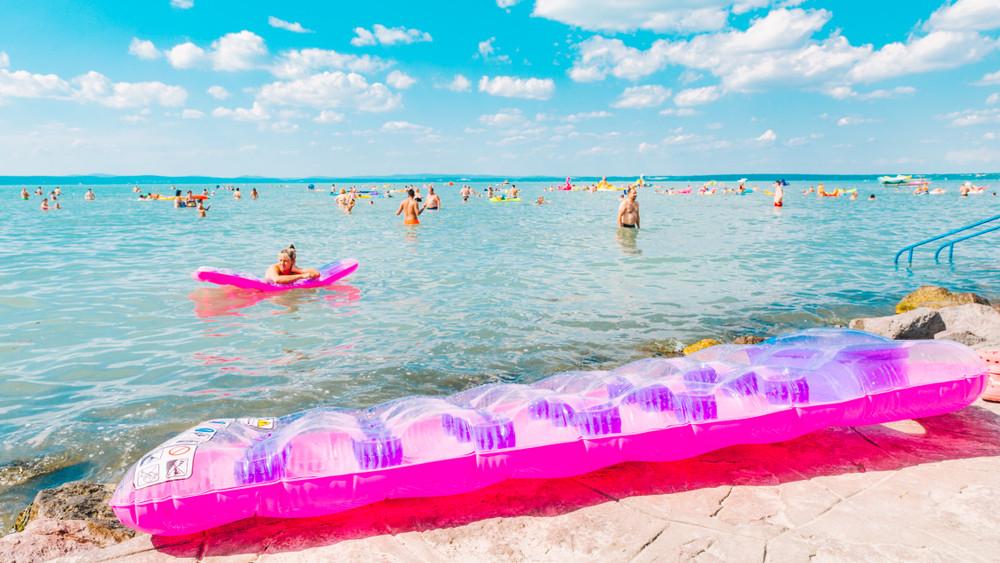 Ezek a legjobb strandok most a Balatonnál: itt a hivatalos toplista