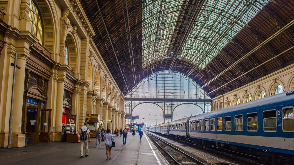 Gondok vannak a záhonyi vonalon: akár másfél órát is késhetnek a vonatok
