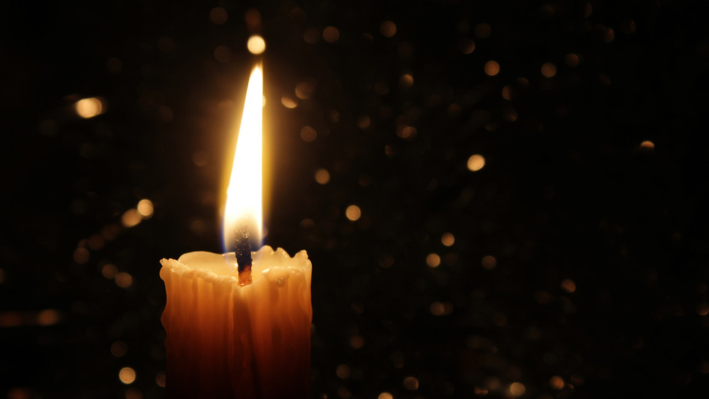Gyász: elhunyt az Irigy Hónaljmirigy egyik tagja