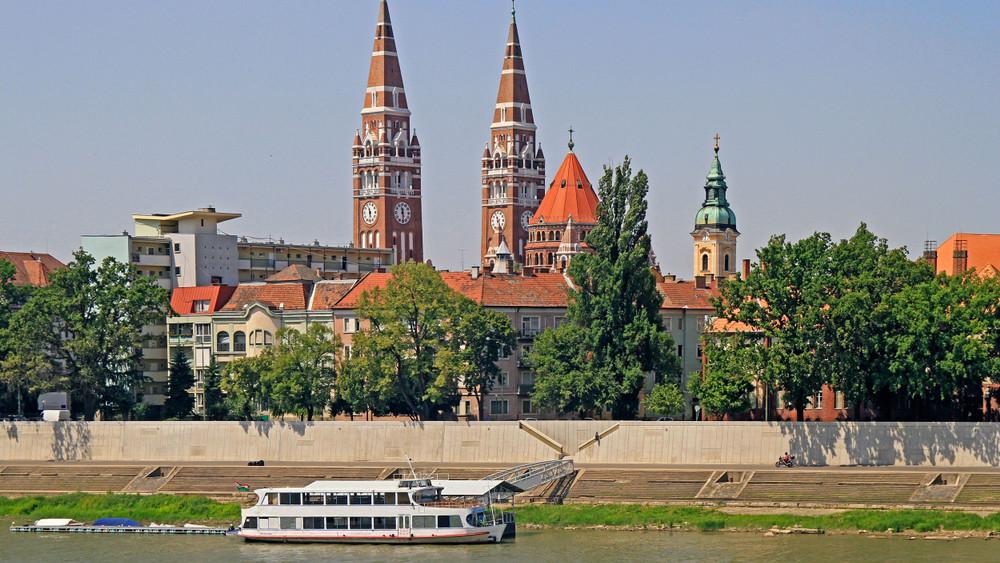 Gigaberuházás Szegeden: ilyen hajókikötőt kap a város