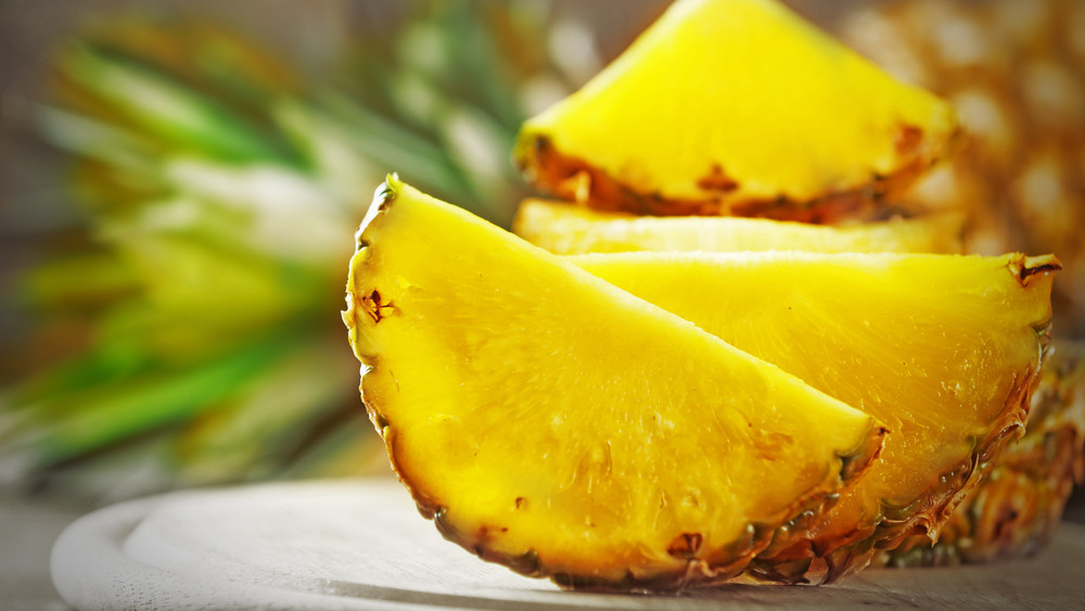 El sem hiszed, mennyi betegségre jó az ananász: akár pizzafeltétként is!