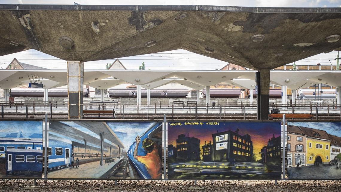 Történelmi pillanat: felújítják az ország egyik leglepukkantabb vasúti állomását