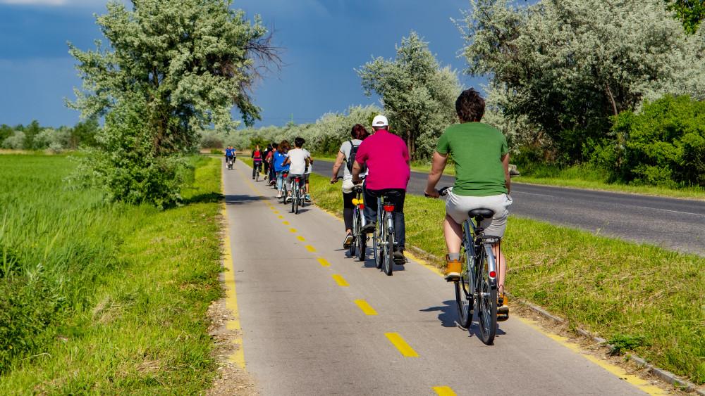 Új kerékpárutak épültek Vas megyében: mutatjuk, hol!