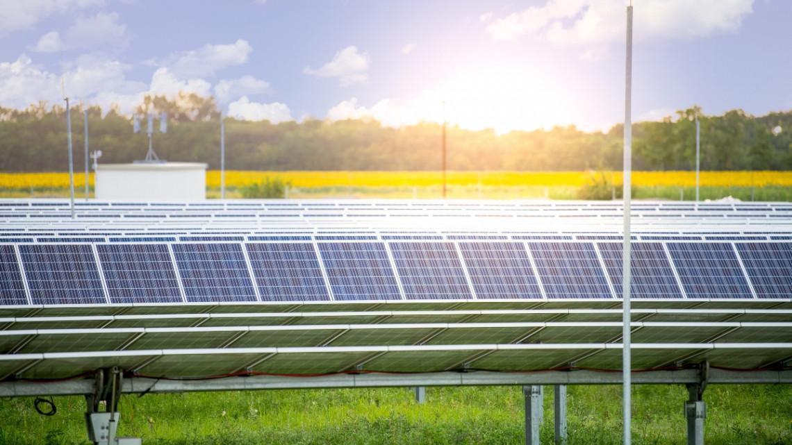 Napelem-nagyhatalom leszünk: újabb giga erőműparkokat adtak át