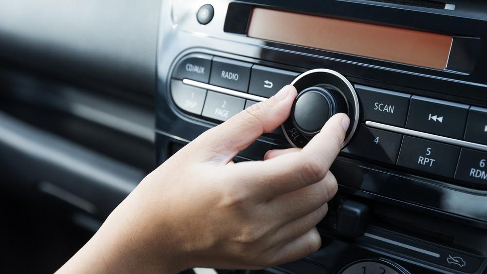 Eljött a rádió reneszánsza? Hihetetlen, mennyire sok magyar hallgatja napi szinten