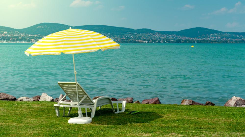 Ökológiai katasztrófa érik a Balatonnál: ezt teszi a tóval a tartós meleg