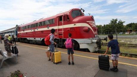 Különleges vonatokkal utazhatsz a hétvégén: mutatjuk, merre!