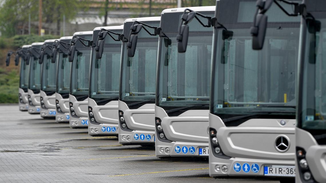 Bevásárolt a VOLÁN: eltűnnek a lepukkant buszok, ez lesz helyette