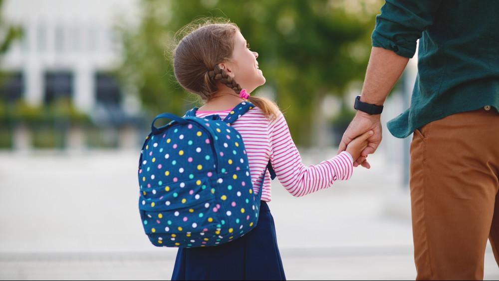 Drága hónap vár a magyar családokra: nincs mese, fizetniük kell!