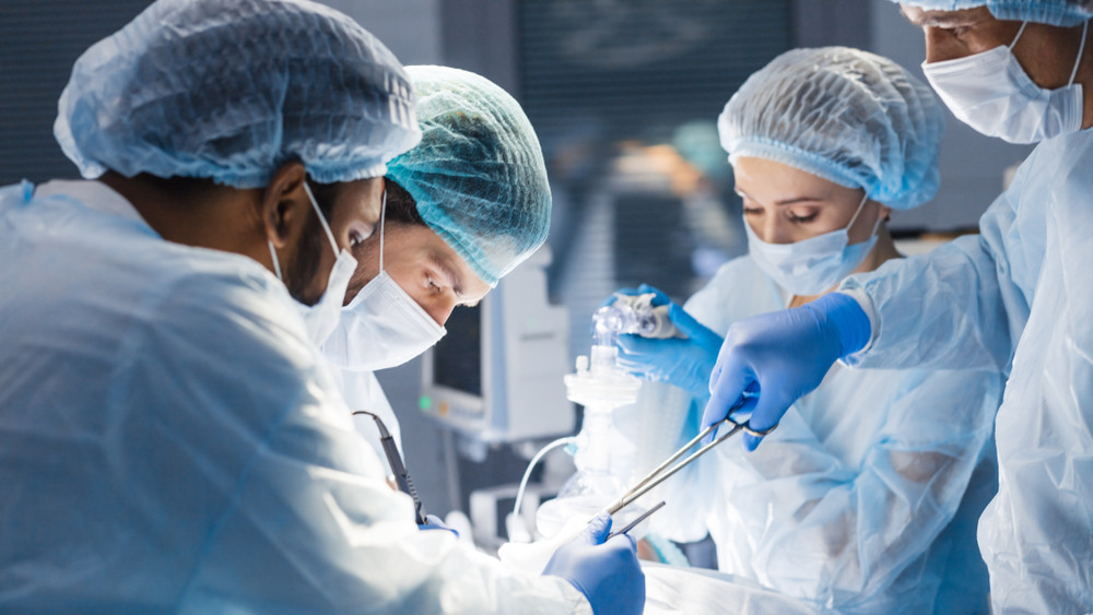 Csodát műveltek a magyar orvosok: ez a műtét mérföldkőnek számít!