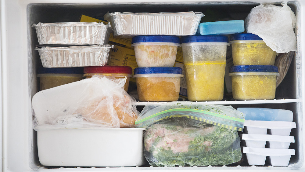 Ezért romlanak meg az ételek a melegben: tippek a biztonságos tároláshoz